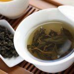 すっきり美味しい烏龍茶の健康効果とは?飲み過ぎによるデメリットはあるのか