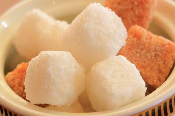 砂糖がべたつく理由とは? 画像